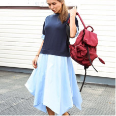 Синее трикотажное платье с юбкой из хлопка в стиле кэжуал