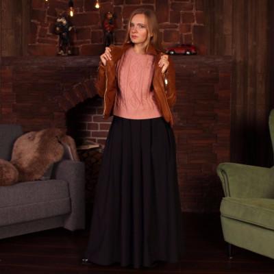 Чёрная юбка макси с широким поясом и складками