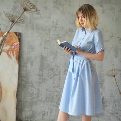 Купить голубое платье-рубашку свободное недорого