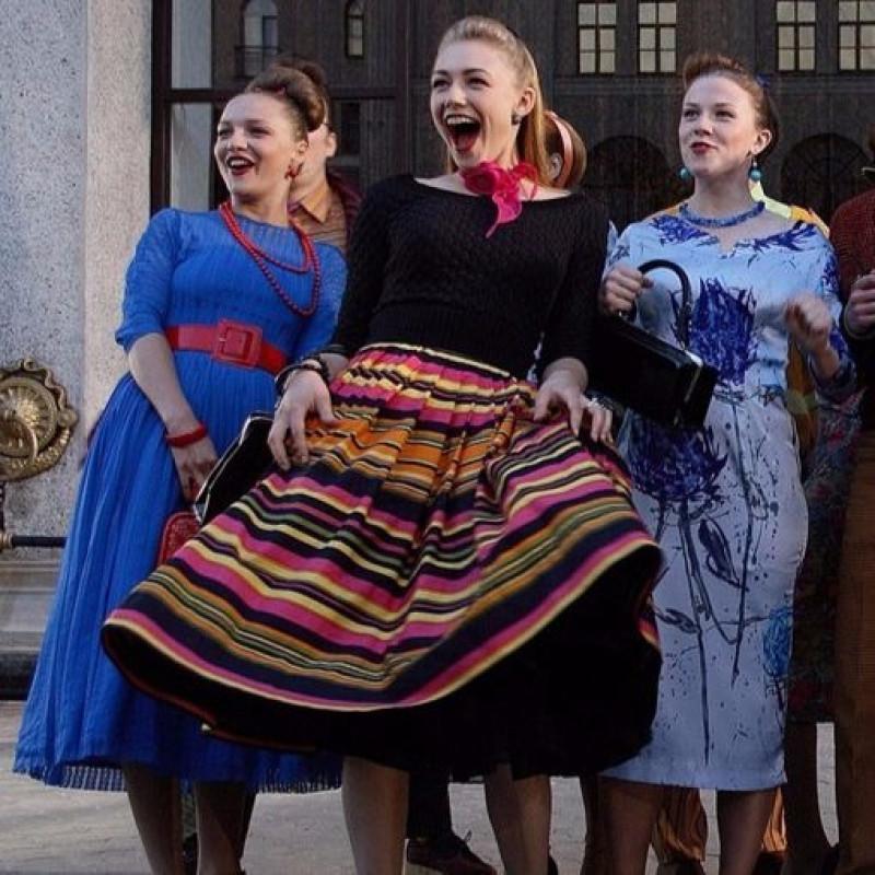 Платье в горох в стиле стиляг 5