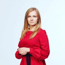 Евгения в красном деловом платье