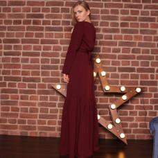 Красное длинное платье с воланом